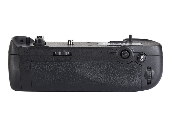 MB-D17